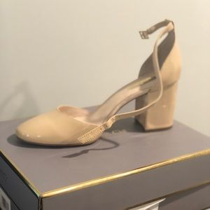 Brand new in box Louise Et Cie Mary Janes.